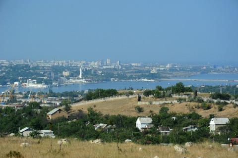 Вид с земельного участка в Севастополе