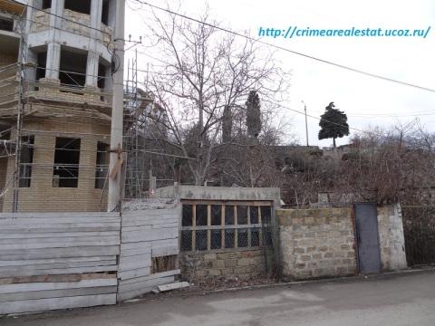 Продам земельный участок в Ялте Крым ЮБК 2 сотки.