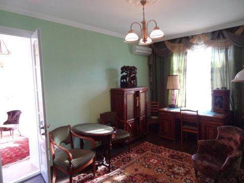 Продам хорошую квартиру в Крыму Ялта