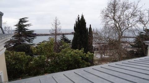Продам квартиру в Крыму Ялте